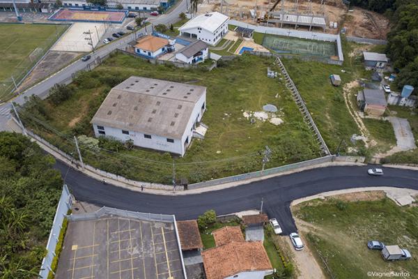 Programa Asfalto Novo passa pela Rua Adriano Pires de Oliveira