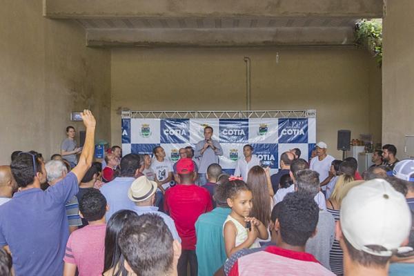 Prefeito Rogério Franco se reúne com moradores do Recanto Verde para anunciar importantes obras
