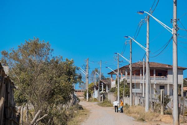 'Ilumina Cotia' chega ao bairro dos Mendes e passa pelo Jardim Belizário