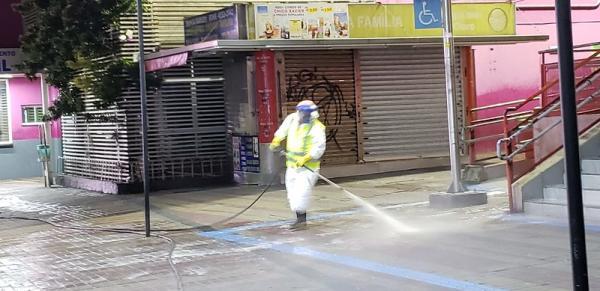Prefeitura de Barueri higieniza terminais e outros pontos da cidade