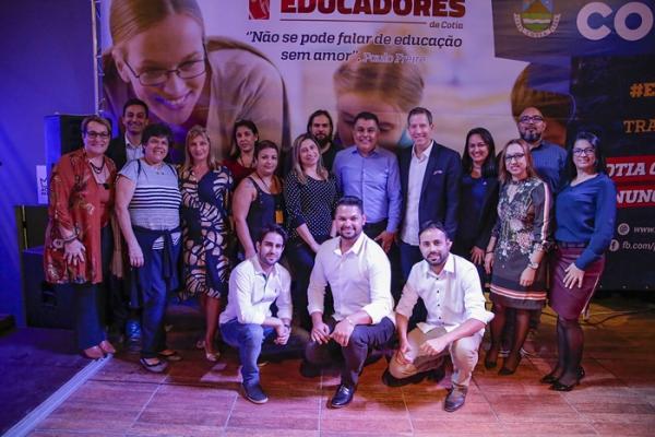 Cotia realiza 1º Encontro dos Educadores com palestras e treinamentos