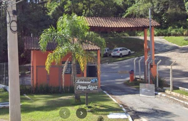 Denuncia de abusos cometidos por associação em bolsão residencial em Cotia