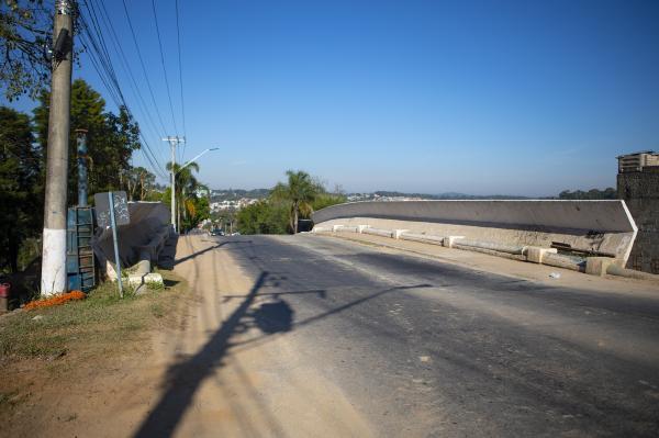 Conclusão da duplicação do viaduto na estrada de Caucaia está prevista para o 2º semestre