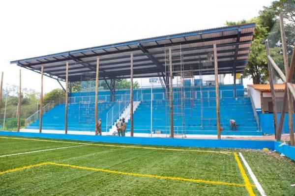 Arquibancada do novo complexo esportivo do Atalaia ganha cobertura