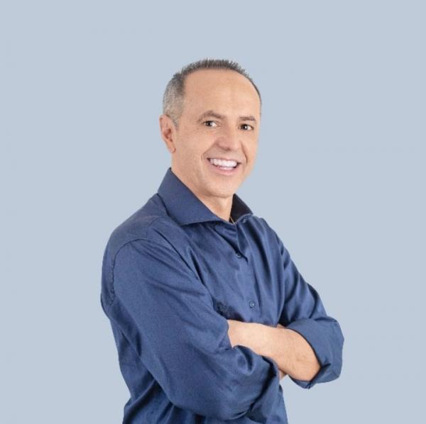 Dr. Castor Andrade indicou ao Prefeito Rogério Franco a instalação do hospital veterinário em Cotia.