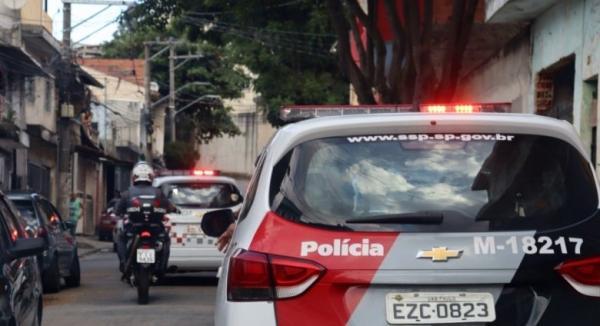 Dois criminosos presos por tentativa de roubo a motorista de aplicativo em Itapevi