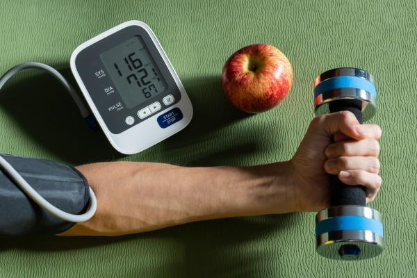 Exercício é medida médica contra colesterol e hipertensão