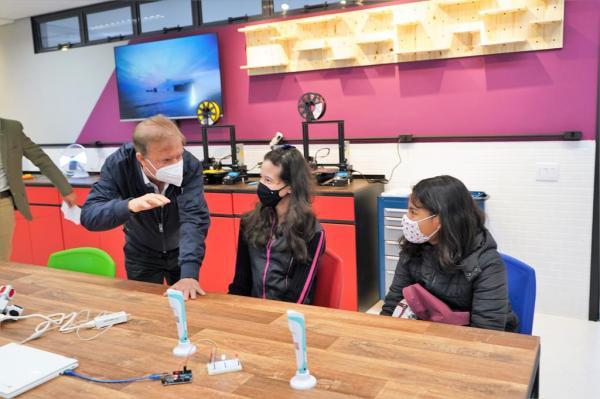 Escolas da rede abrem as portas para dar início ao projeto inédito Sala Maker