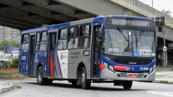 Nova linha da EMTU começa a operar entre Barueri e Cotia