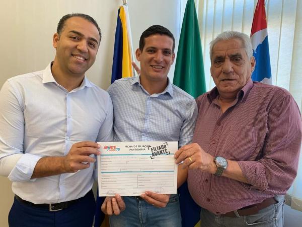 Vereador Jânio com 7 mandatos diz se cansar e apoiará seu filho Levi