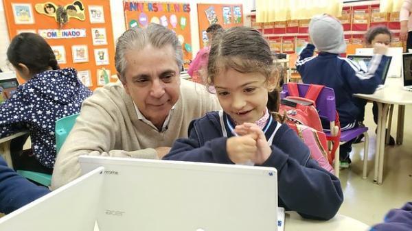Gestores de Barueri destacam uso da tecnologia na educação