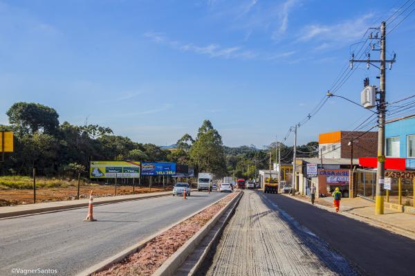 Obra de duplicação da Estrada de Caucaia está 54% concluída
