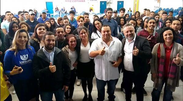 Workshop Motivacional e Comportamental reuniu centenas de jovens em Cotia